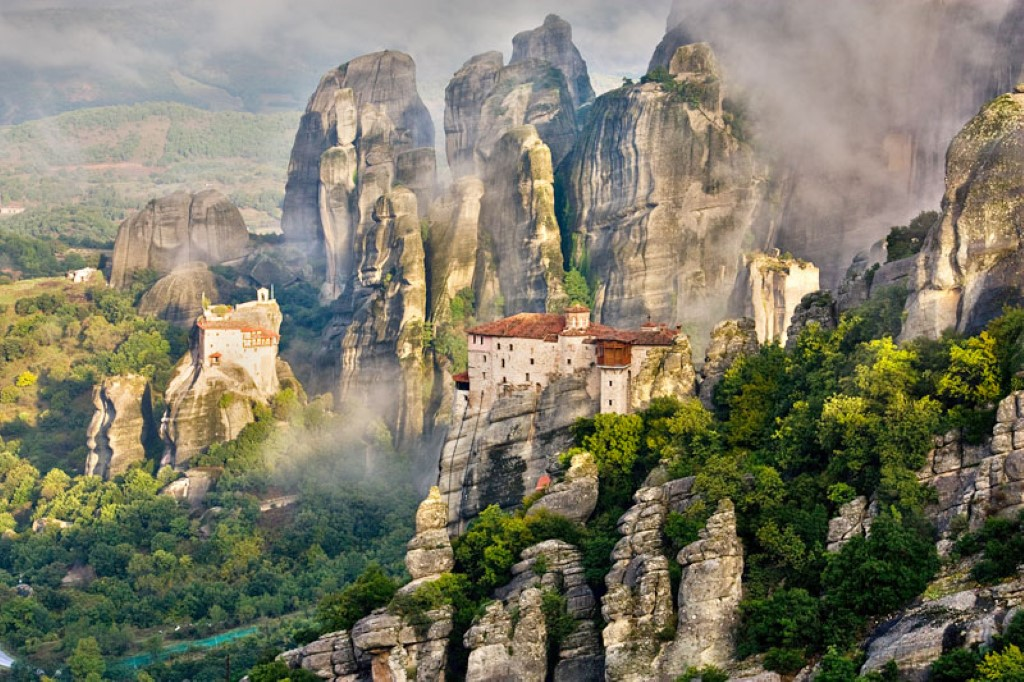 Meteora Halkidiki-Travel-Agency-Kolovos-Travel-Neos-Marmaras-002