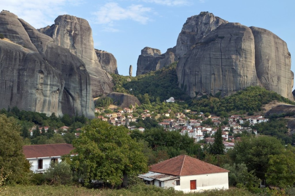 Meteora Halkidiki-Travel-Agency-Kolovos-Travel-Neos-Marmaras-003